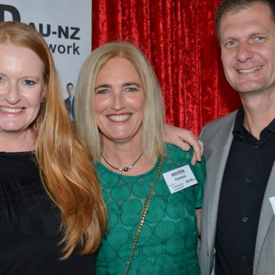 Hayley Abbott, Kristen Flannery & Giles Ellis - St Georges Bay Business PoD